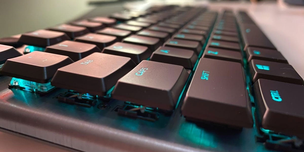 Logitech G915 TKL Gaming Keyboard Backlights